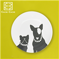 【設計點】CACHE-CACHE-法國鬥牛犬系列9吋餐盤-TheTwoMusketeers雙劍客(E00500105)
